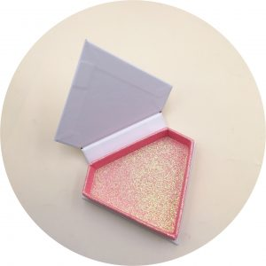 Custom Eyelash Packaging Boxes EP04